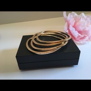 "Jewelry - 🌸GOLDEN SET OF 4 MATCHED 6""BRACELETS 🌸"